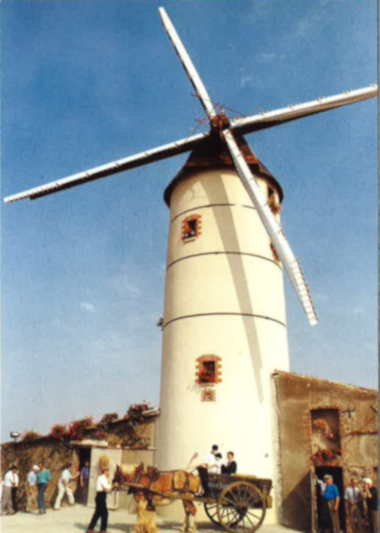 Moulin-Epinay-1987-apres-restauration